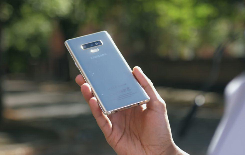 Galaxy Note 9 release level dummy in-hand size analysis