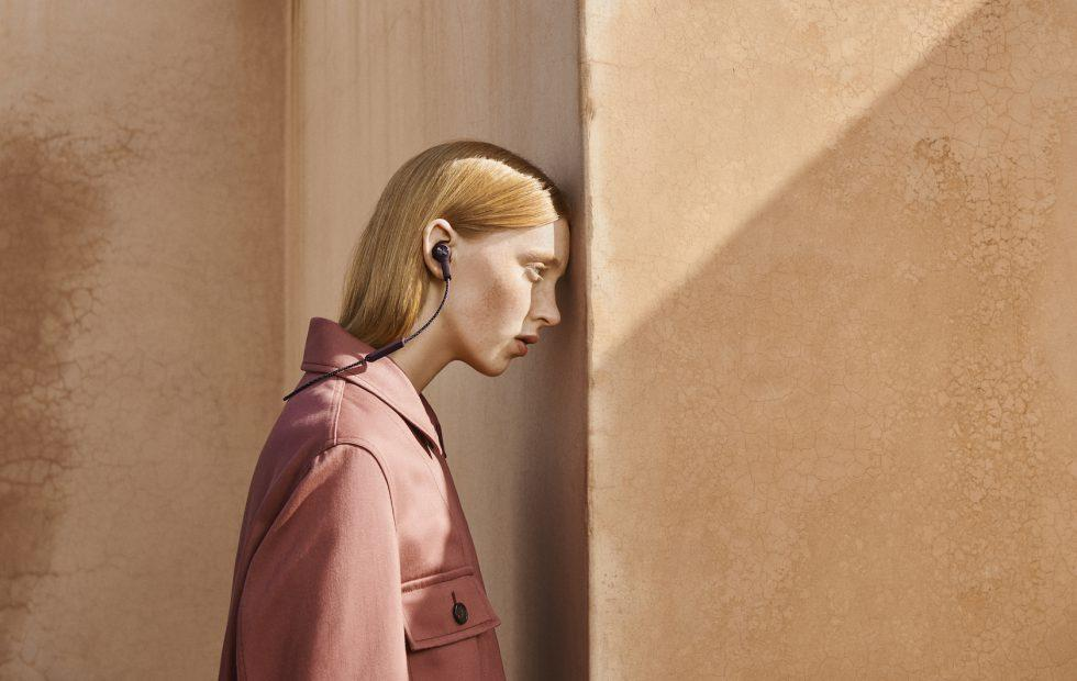 These B&O Beoplay E6 headphones promise serious ear-grip