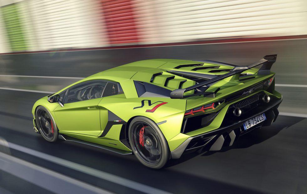 The Lamborghini Aventador Svj Is 770hp Of Peak V12 Track