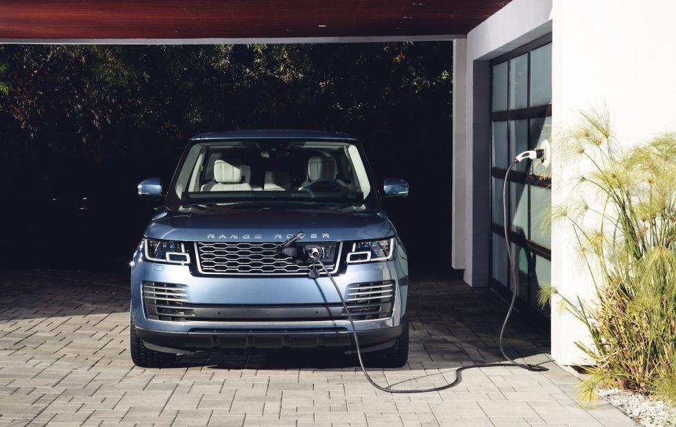 2019 Range Rover P400e Plug In Hybrid Luxury Ev Gets Its Price