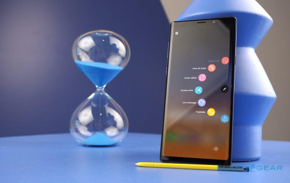The Note 9 is an island in a sea of notches and trends