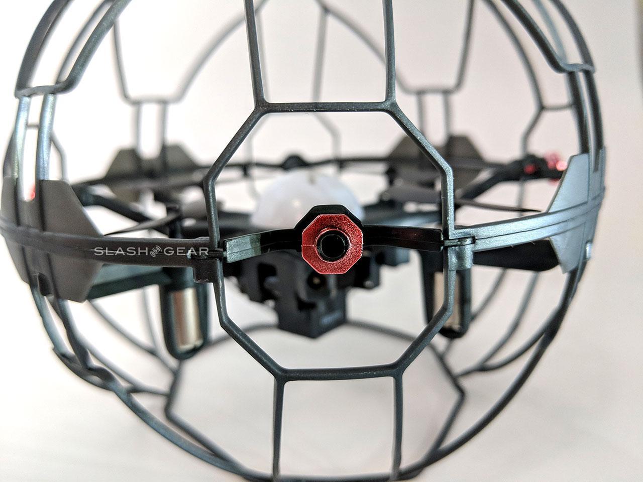 b522cb7d81c61 Air Hogs Supernova Review  Simple drone with motion control - SlashGear