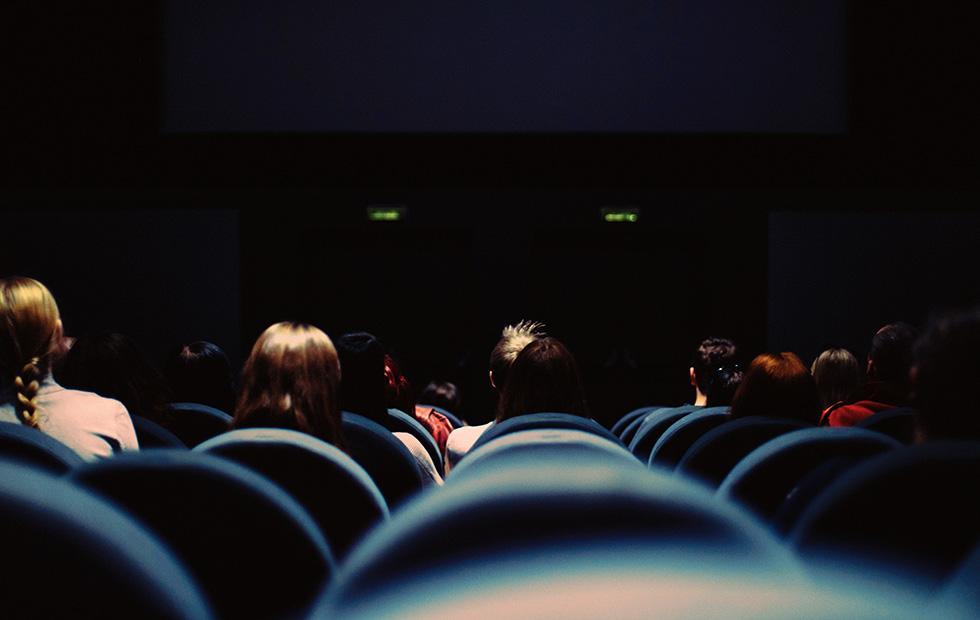 Amazon may buy Landmark Theaters to screen its original movies