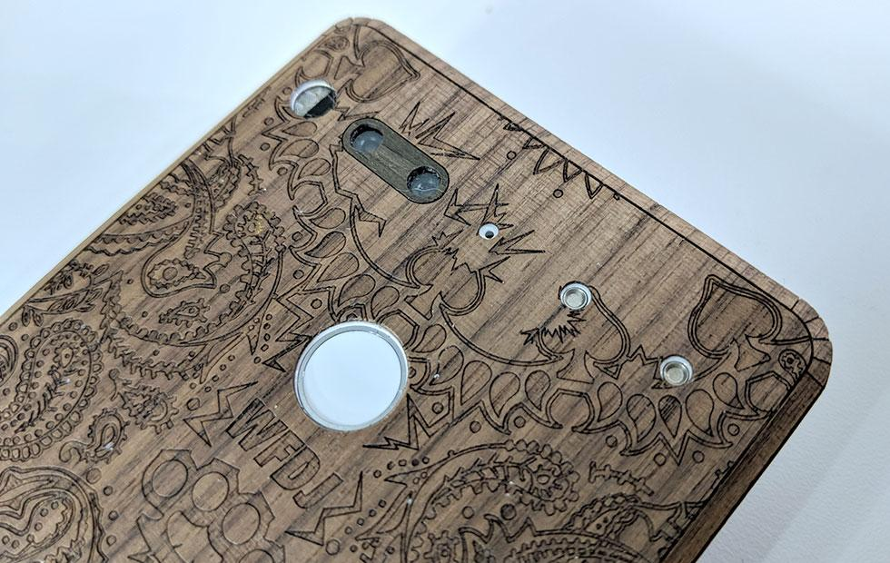 Essential Phone PH-1 Toast custom-cut wood cover Review