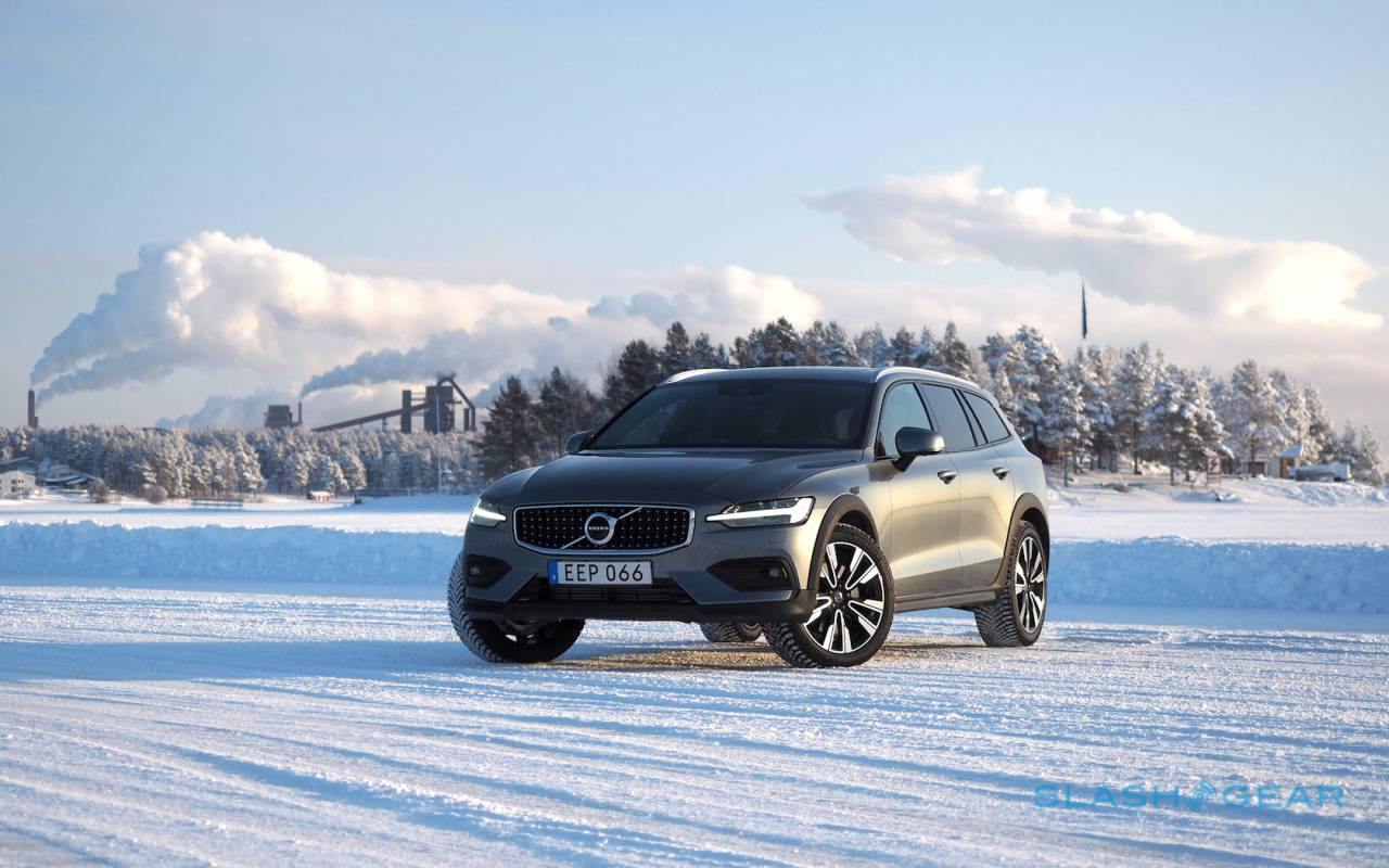 2020 Volvo V60 Cross Country First Drive The Wagon Agenda Slashgear