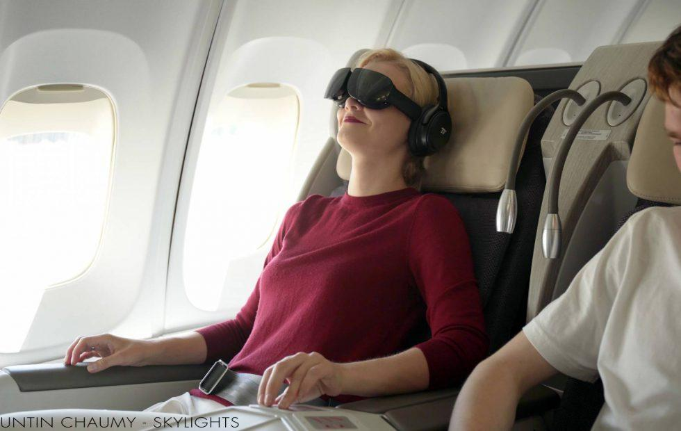 Alaska Airlines wants you to wear a VR headset while you fly