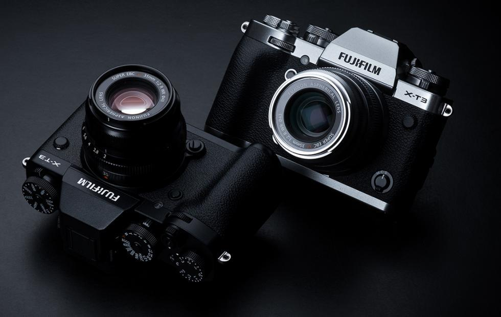 Fujifilm X-T3 joins this year's mirrorless parade