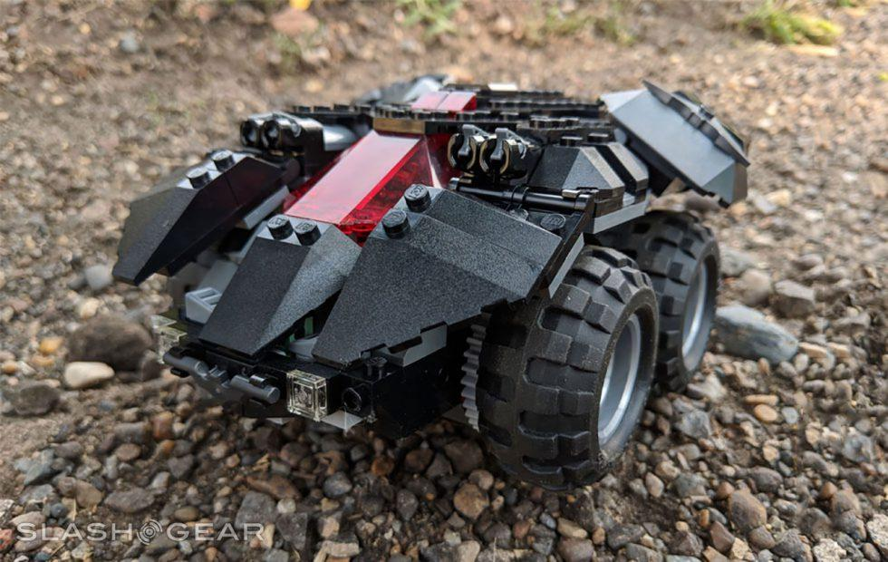 App-Controlled Batmobile LEGO Review : One Powered Up Dark Knight