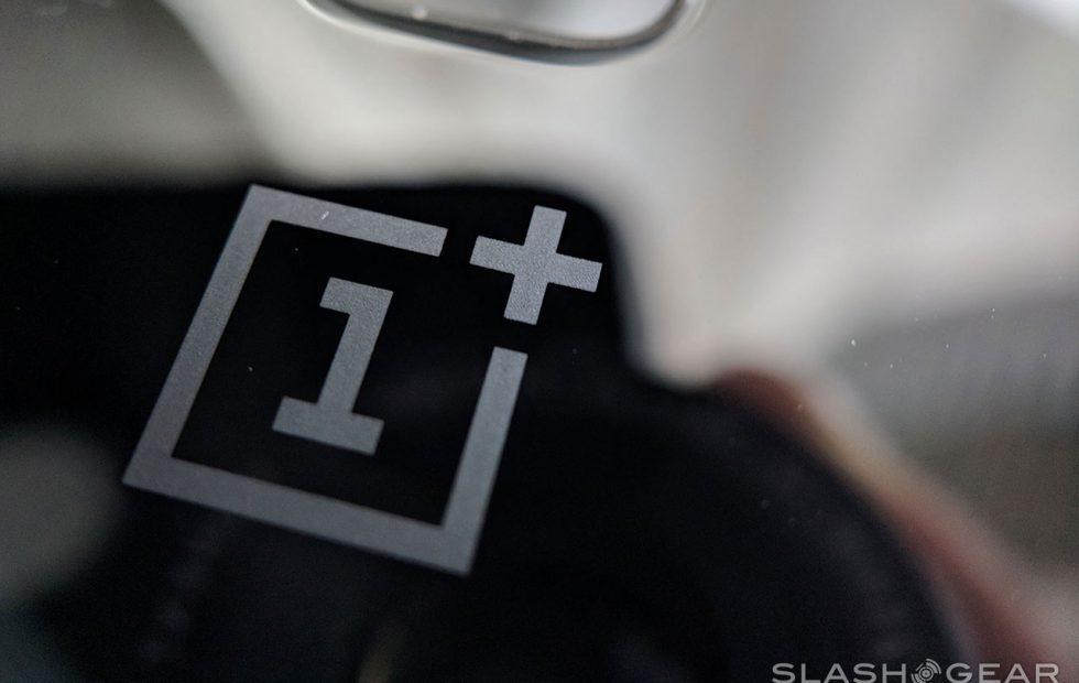 OnePlus 6T fingerprint on display confirmed