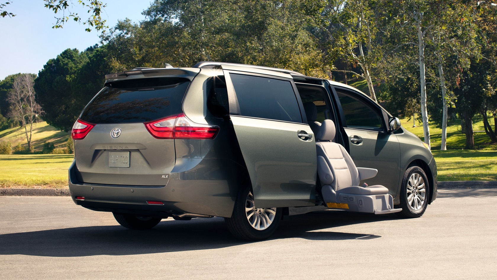 All Trim Models Of The Toyota Sienna Also Come Standard With Safety Sense Which Includes Automatic Emergency Braking Forward Collision Warning