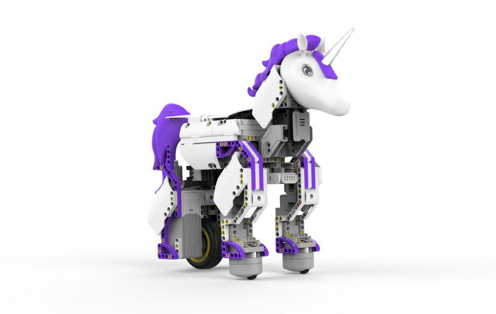 Robot Unicorn aims to bring girls to STEM research