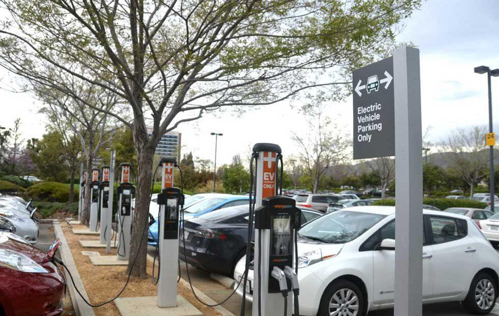 ChargePoint and EVBox team for EV charge station roaming