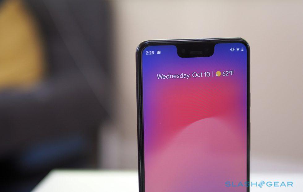 This Pixel 3 XL notch glitch is annoyingly funny