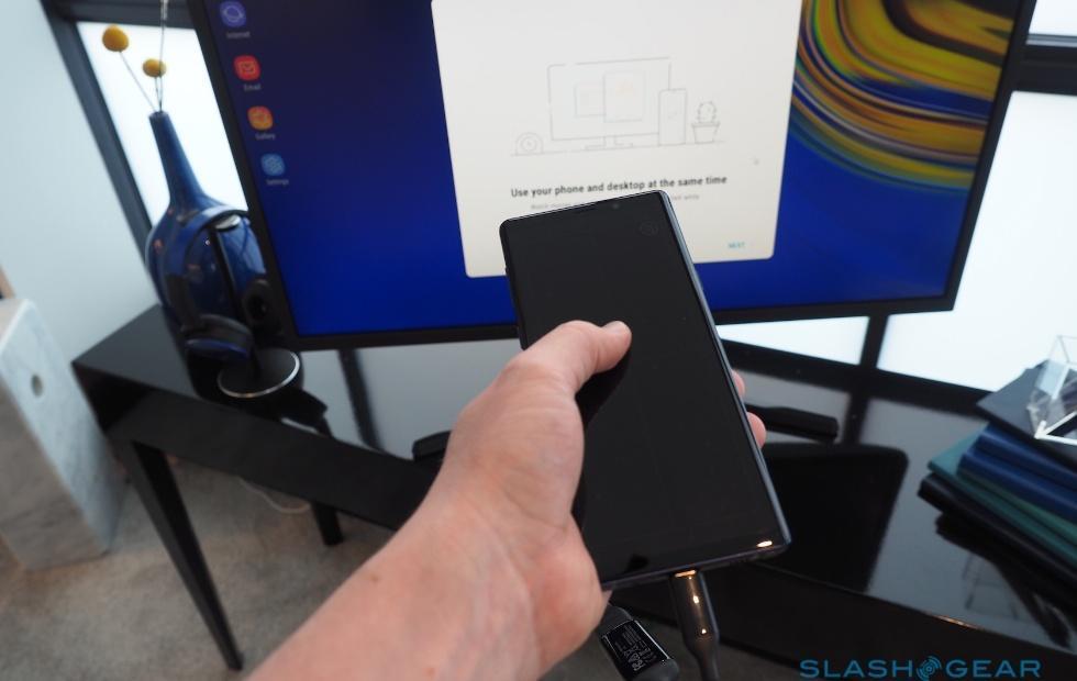 Samsung DeX might go wireless in the near future