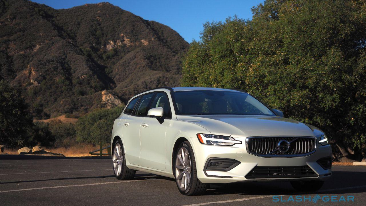 2019 Volvo V60 pricing confirmed (and we know which we'd choose)