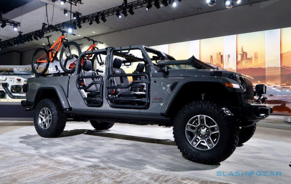 Charmingly Brash The 2020 Jeep Gladiator Is Just What It