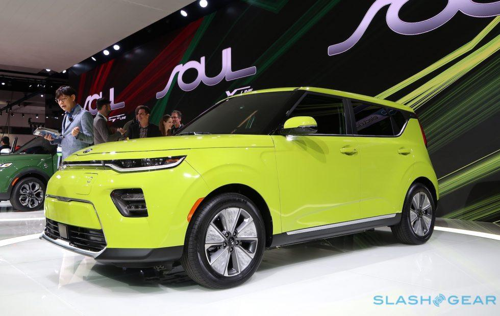 Forget hamsters, the 2020 Kia Soul EV is charming by itself