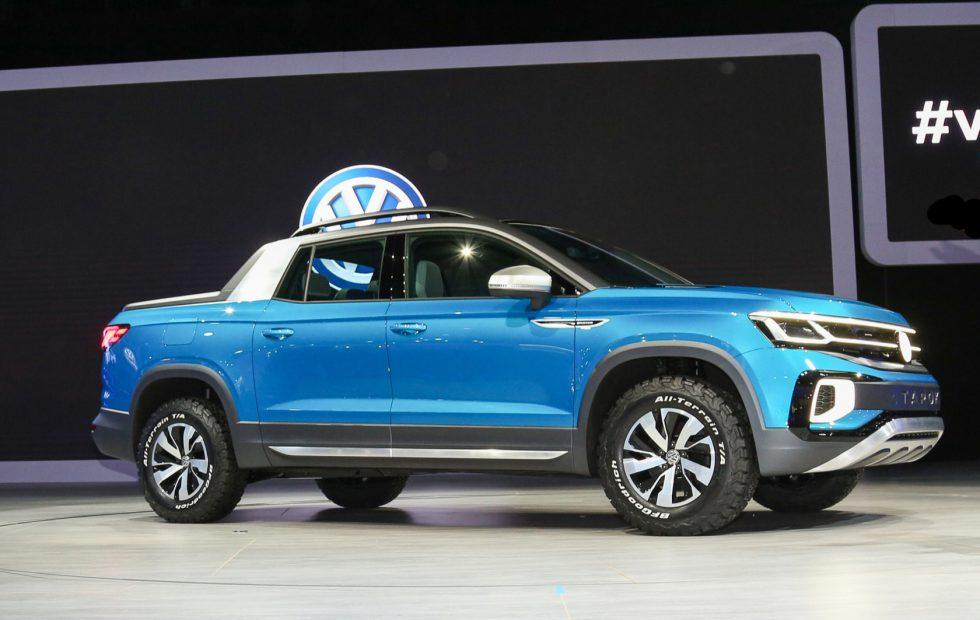 VW Tarok Concept pickup packs mighty morphing bed