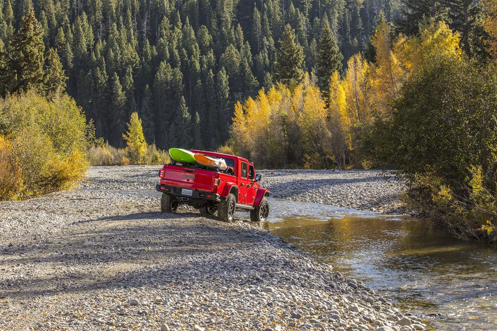 2020 Jeep Gladiator pickup pairs Wrangler style with go