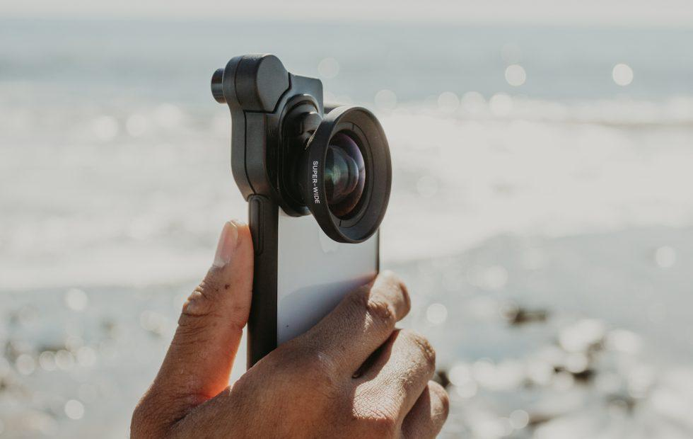 These new Olloclip lenses play nice with both iPhone and Android