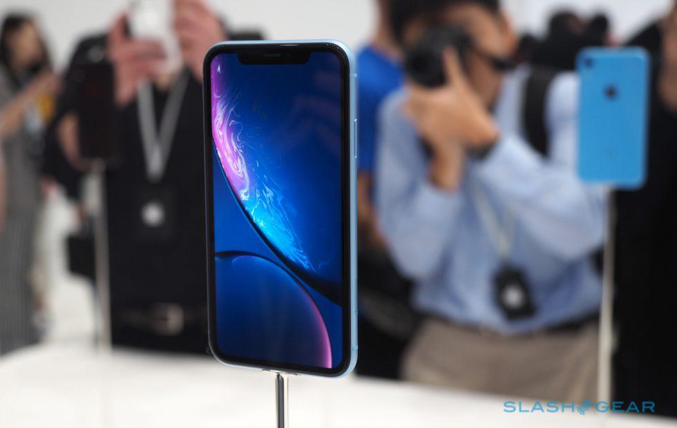 iPhone XR sales reportedly kill production boost plan