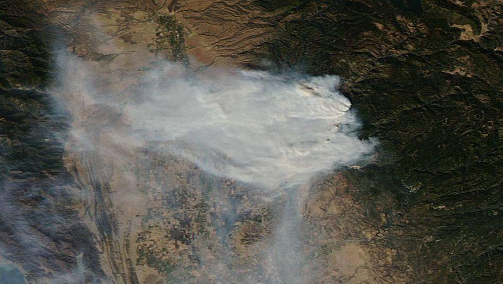 These terrifying NASA photos show the California Camp Fire raging