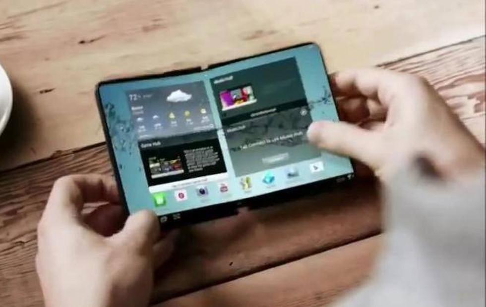 Samsung foldable phone final design details sound hopeful