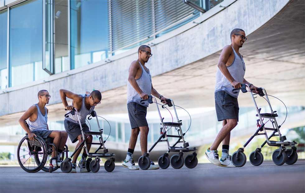 Trio of paraplegics walk again thanks to electrical stimulation