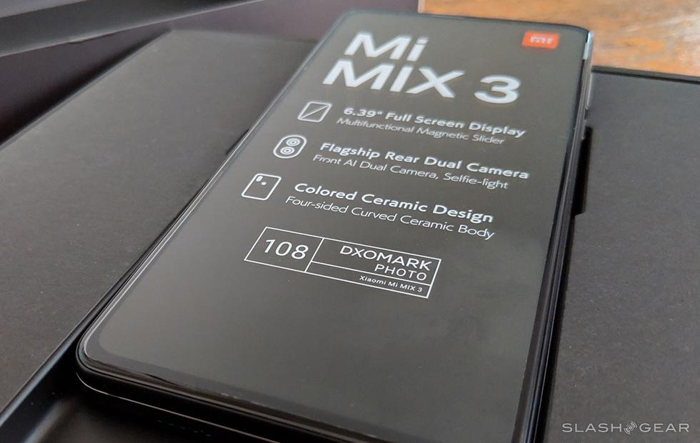 Xiaomi Mi Mix 3 first impressions and unboxing