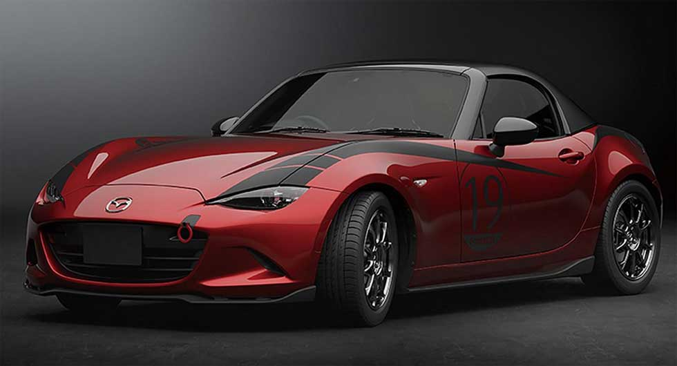 Mazda unveils carbon fiber hard top for MX-5 and body kit for CX-5