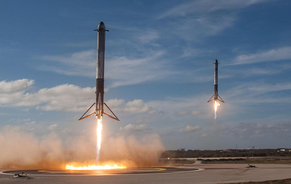 SpaceX Falcon 9 rocket lands in ocean after successful cargo launch