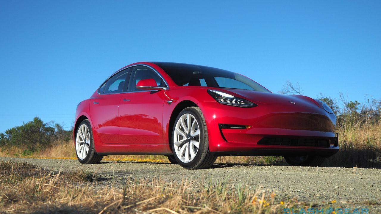 Tesla Model 3 headlights get some good safety news