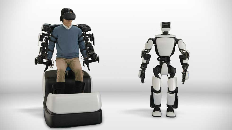 Toyota's T-HR3 humanoid robot controlled remotely over DOCOMO 5G connection
