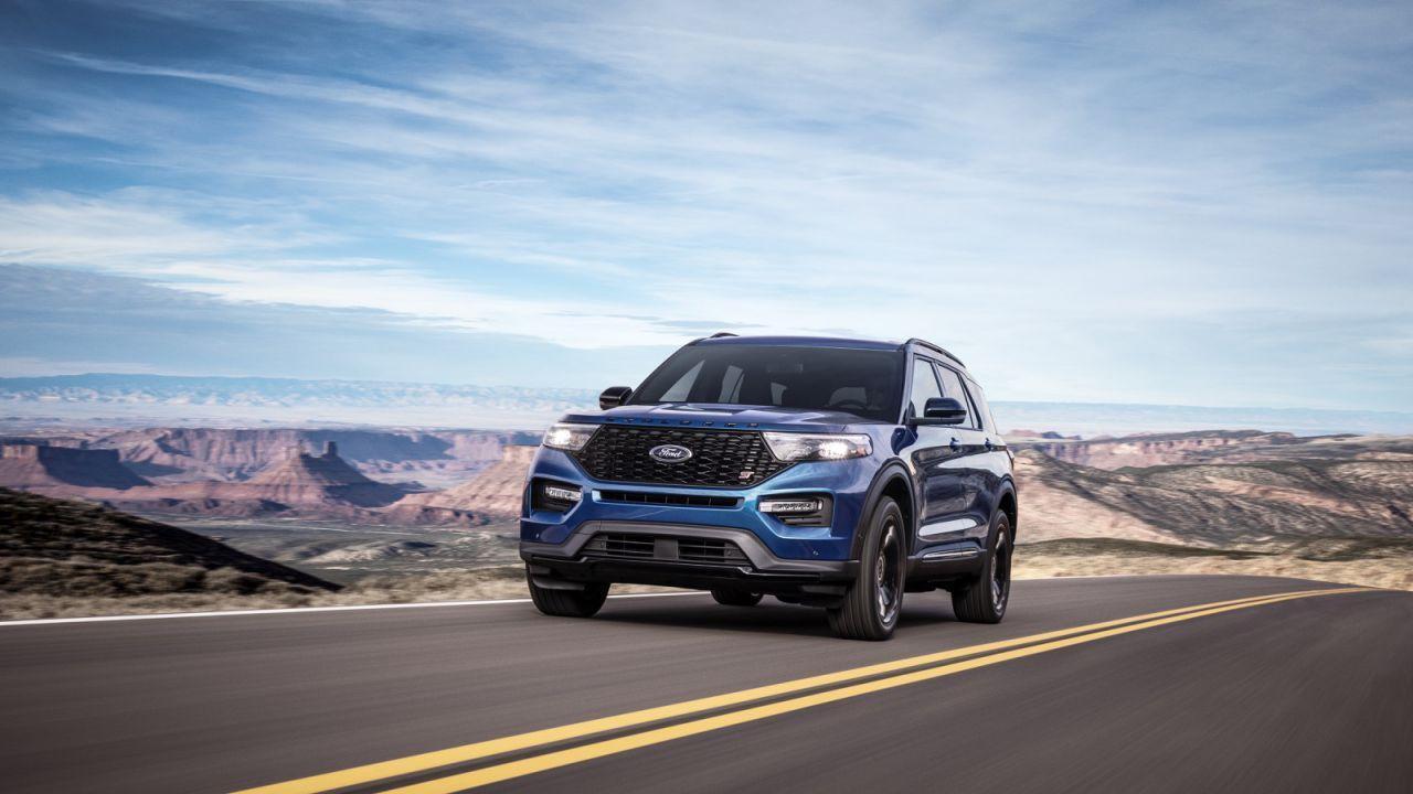 2020 Ford Explorer ST and Explorer Hybrid Gallery