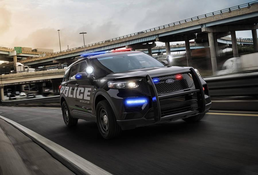Ford reveals 2020 Police Interceptor Utility, a tech-loaded hybrid Explorer
