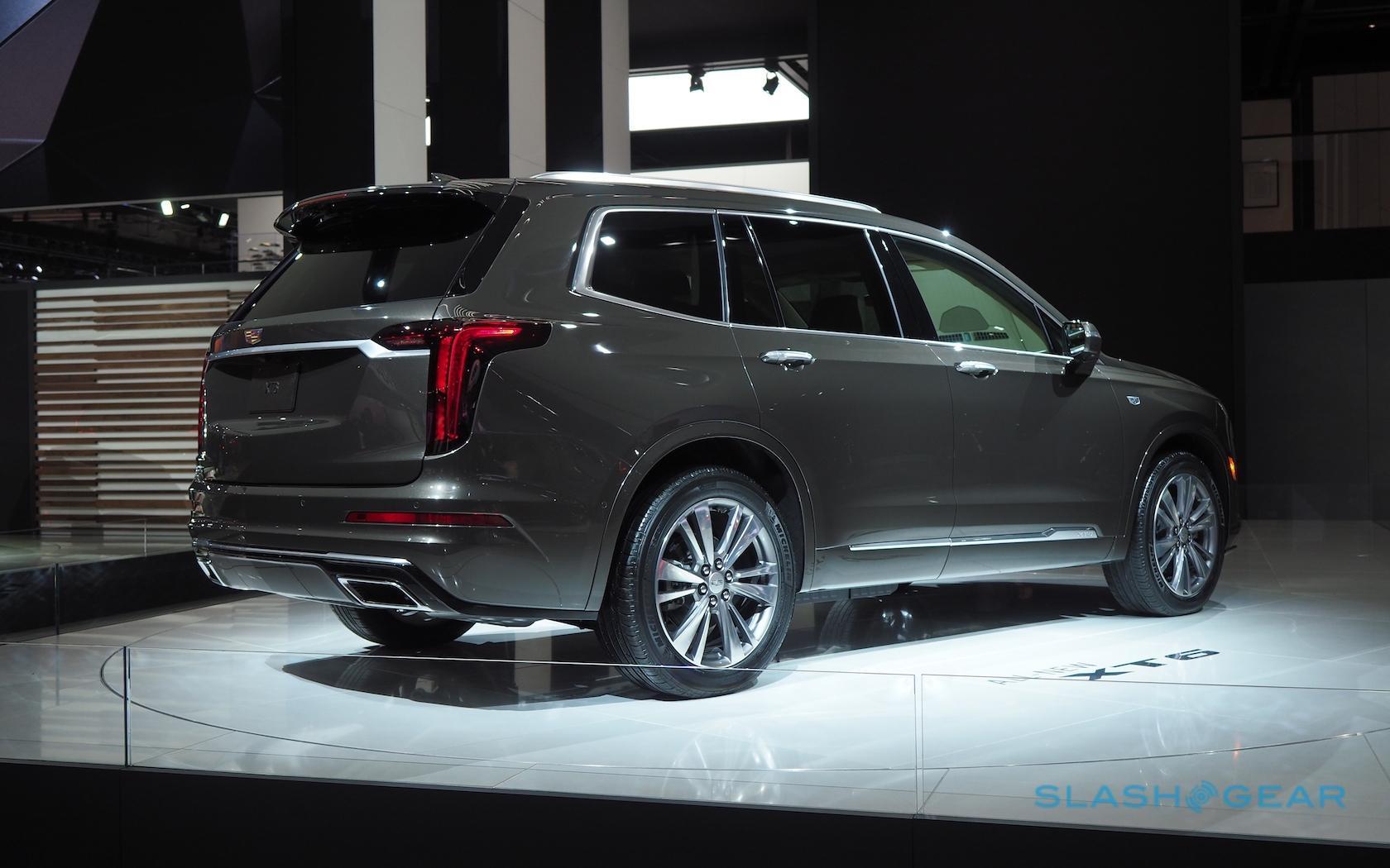 Familiar Suv Style Hides The 2020 Cadillac Xt6 S Big
