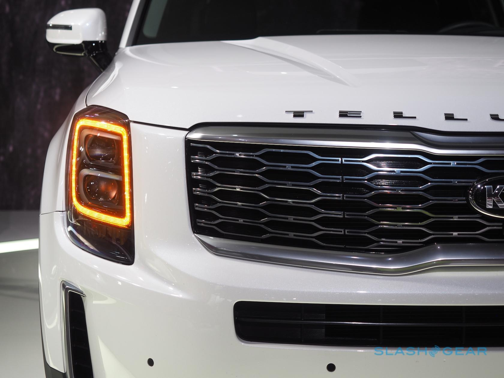 2020 Kia Telluride first look: Family SUV meets premium