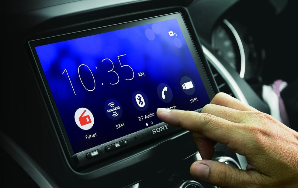 Sony XAV-AX7000 car receiver flaunts a fancier, more ergonomic look
