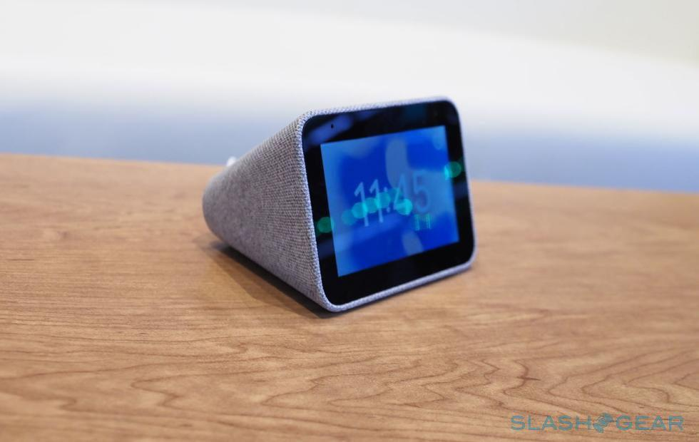 Lenovo Smart Clock brings Google Assistant to your bedside