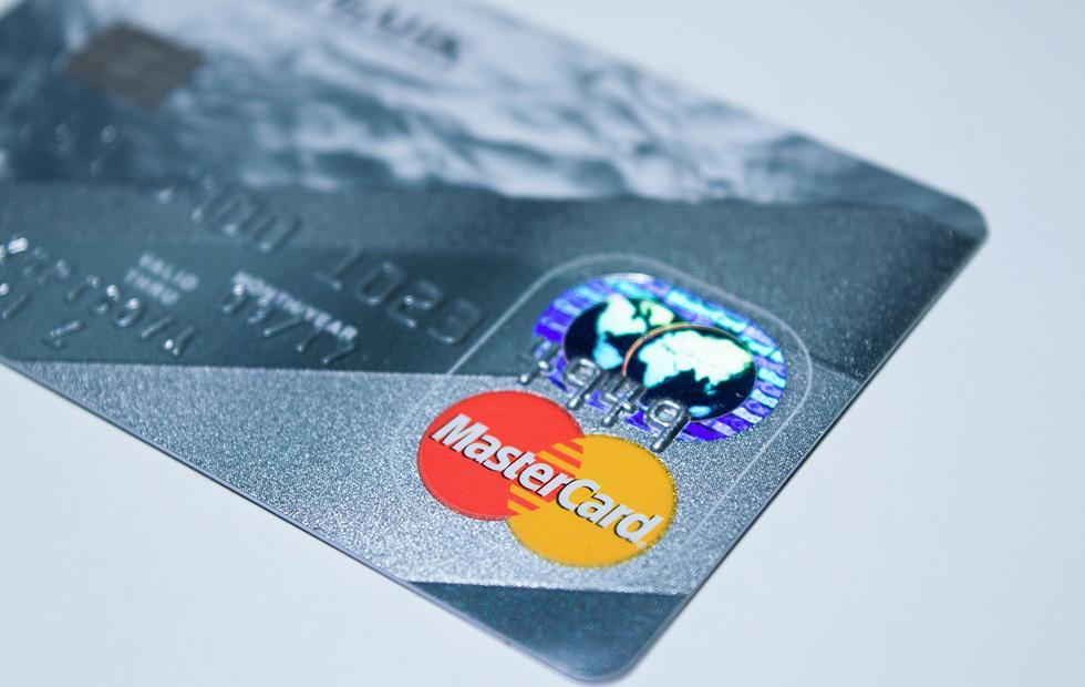 Mastercard brings an end to surprise charges after free trials [Update]