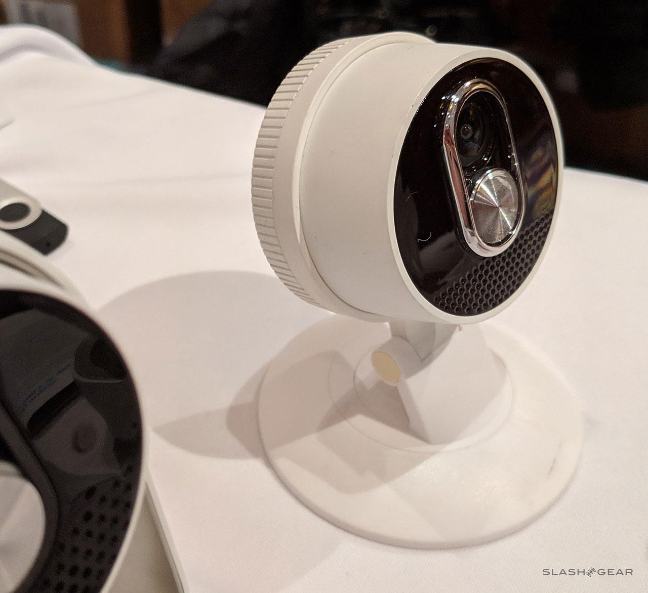 Motorola Dox modular hands-on: One camera, many mounts - SlashGear