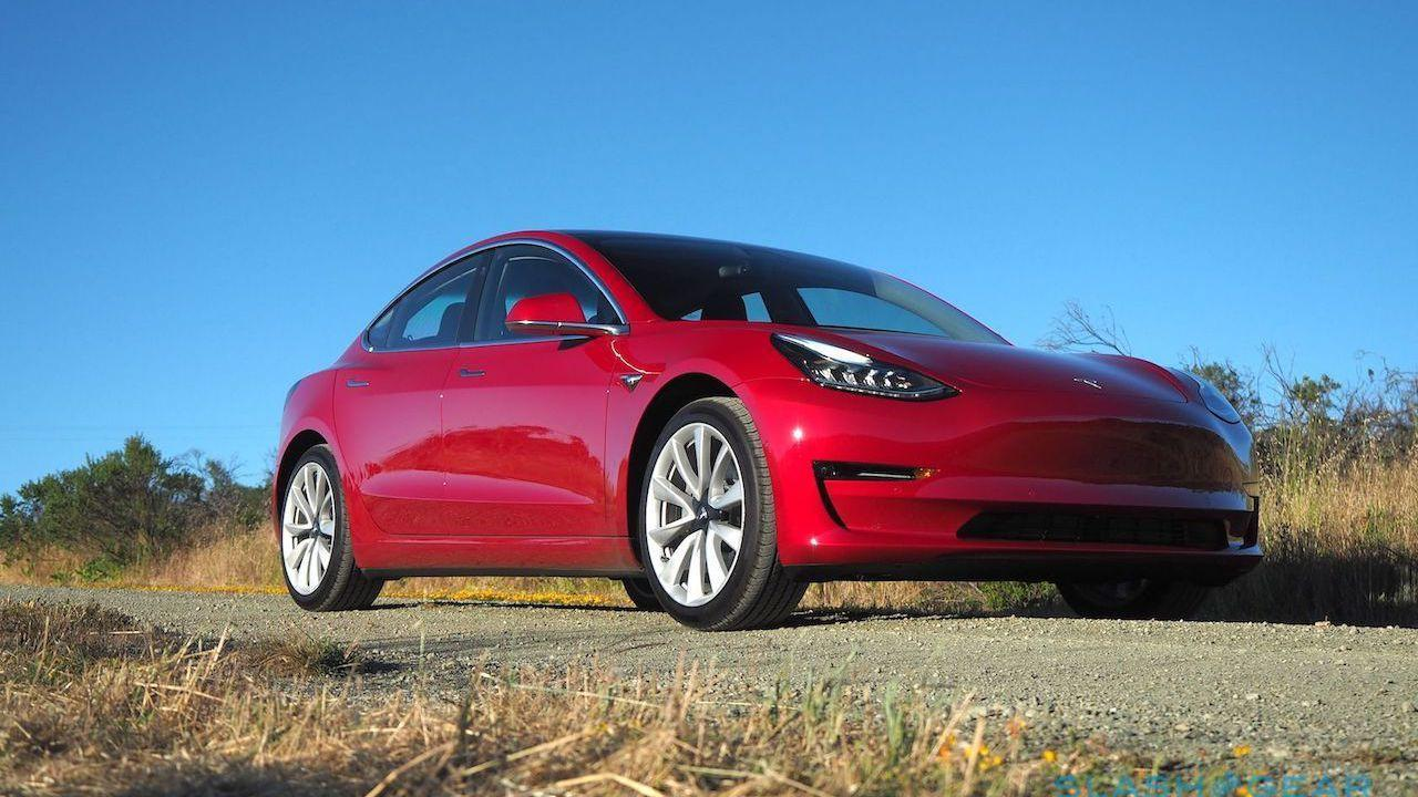 Tesla cuts jobs as it pushes for cheaper Model 3