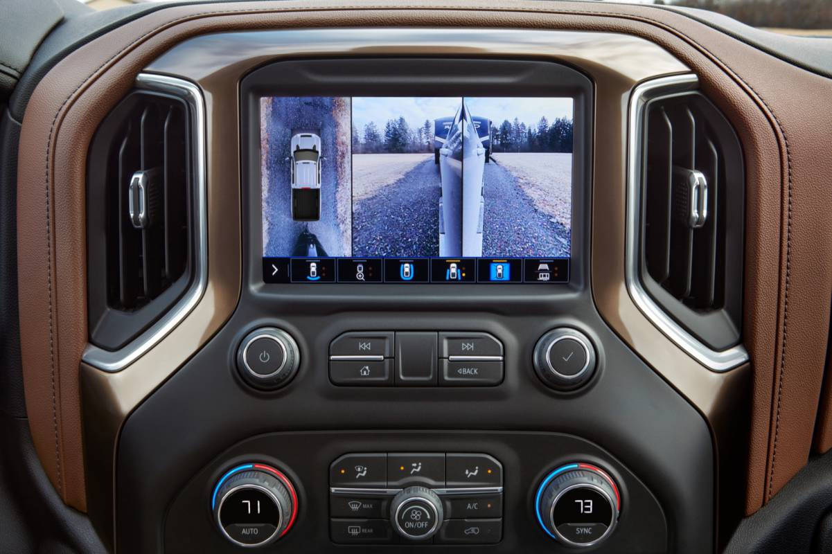 2020 Chevrolet Silverado HD is a 35,500 pound tow monster ...