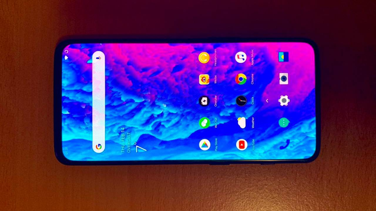OnePlus 7 leaked with no bezels, no front camera