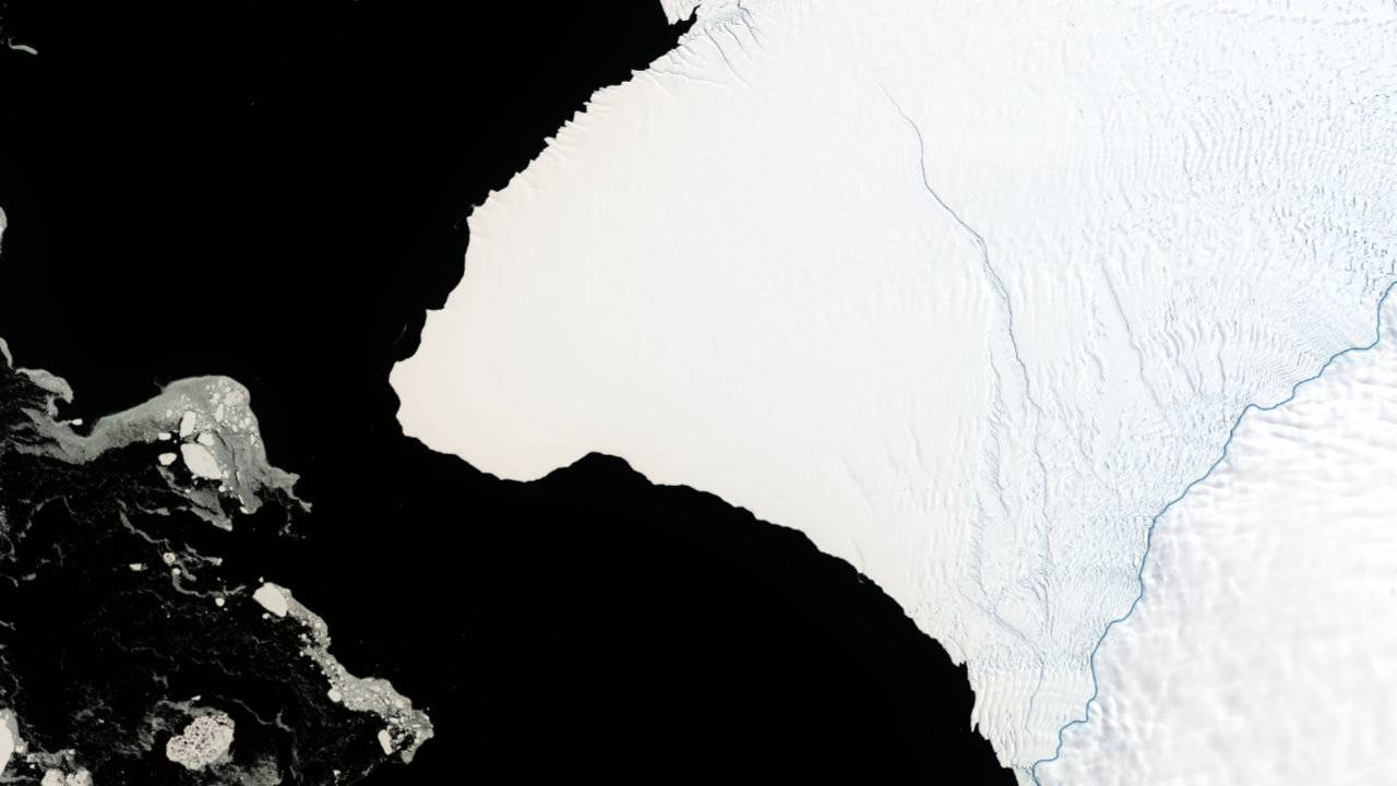 NASA says an iceberg twice the size of NYC is about to break off