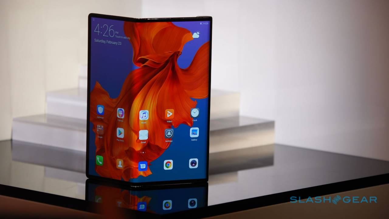 The Huawei Mate X's $2,600 price is the least of its problems