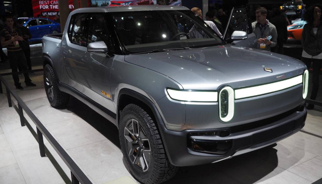 Electric pickup truck maker Rivian tipped in investment talks with GM, Amazon