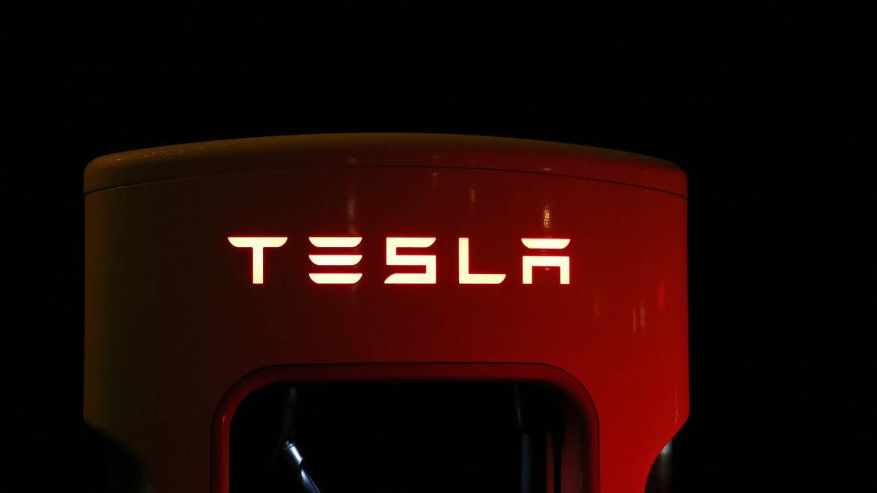 Tesla's Elon Musk may be in contempt over tweet