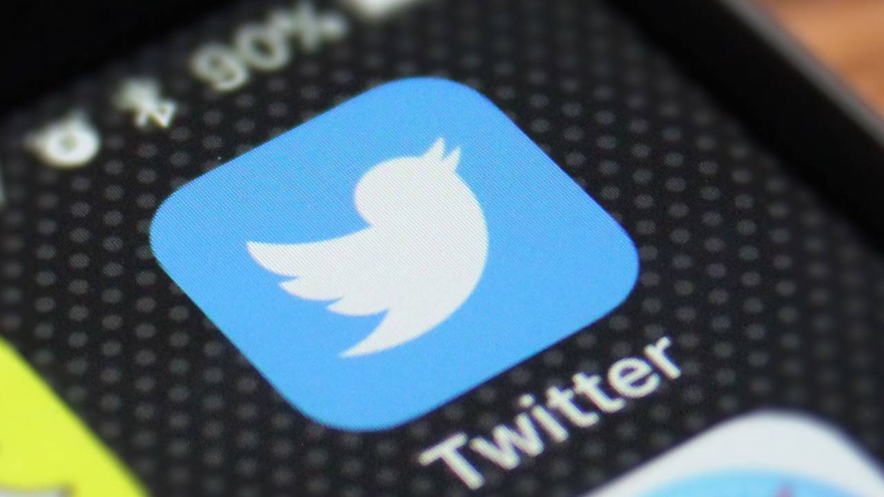 Twitter caught storing DMs years after being deleted
