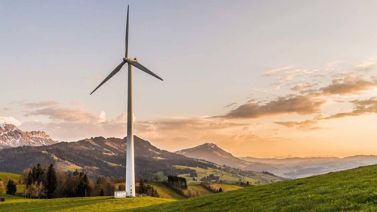 Machine learning boosts wind farm efficiency